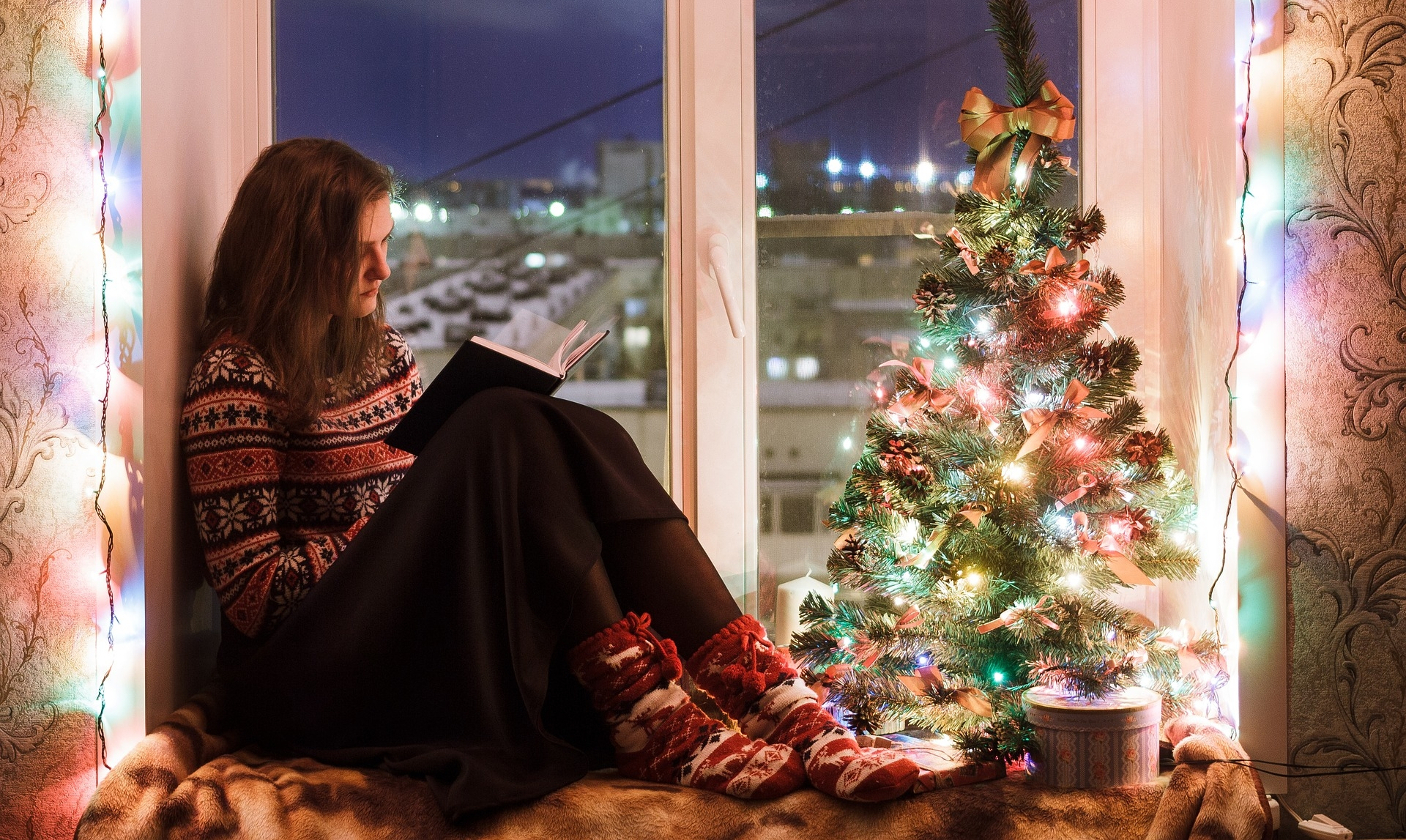 Tips for celebrating the holidays when your loved one is incarcerated